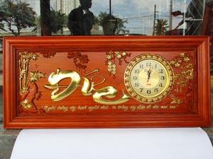 Tranh Gỗ Đồng Hồ Chữ Đức dát vàng 1m08