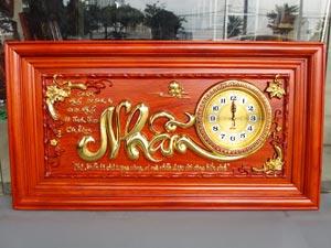 Tranh Gỗ Đồng Hồ Chữ Nhẫn dát vàng 88cm khung trơn