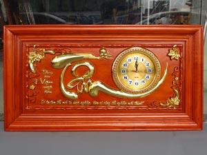Tranh Gỗ Chữ Tâm dát vàng 88cm khung trơn