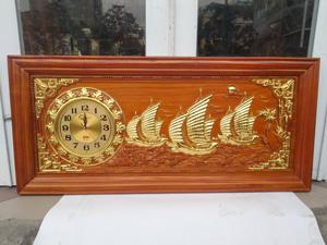 Tranh Gỗ Đồng Hồ Thuận Buồm Xuôi Gió dát vàng 1m08